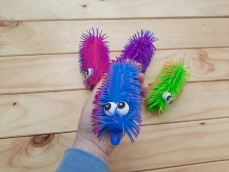 Stretchy caterpillar small2