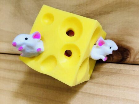 stretchy cheese and two mice fidget toy