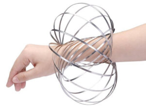 kinetic flow ring on arm